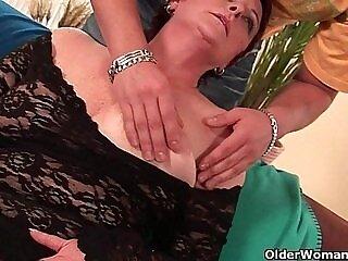 cock-enjoying-fuck-girl-grandma-hairy