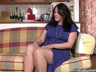 british-grandma-granny-pantyhose-pussy