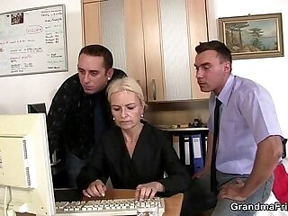 blonde-dude-mother-office-sharing