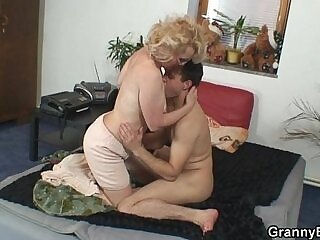 grandma-naughty-pussy