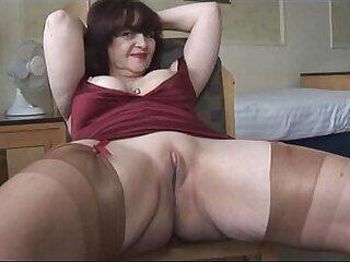 big tits-cameltoe-mature-older woman-striptease-tits