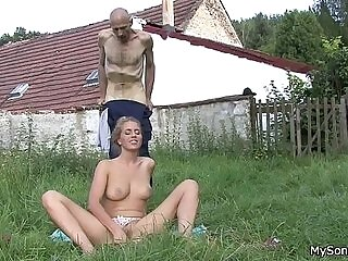 fat-father-licking-pussy