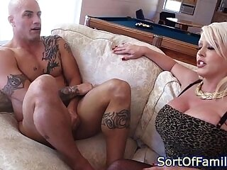 cock-cock sucking-daughter-stepdaughter-stepmom-sucking