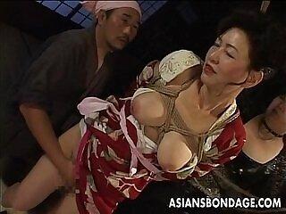 japanese-milfs-pussy-teasing