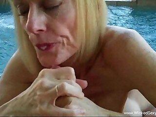 blowjob-mom-pool-stepson