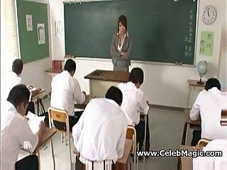 japanese-students-teacher