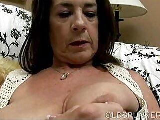 aged-boobs-breasts-cougar-fuck-grandma