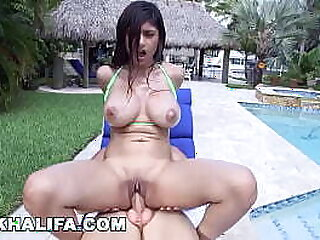 arab-banged-blowjob-cock-dick-hardcore