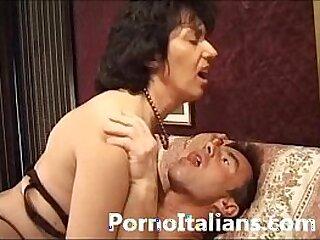 ass-cougar-granny-italian-lady-mature