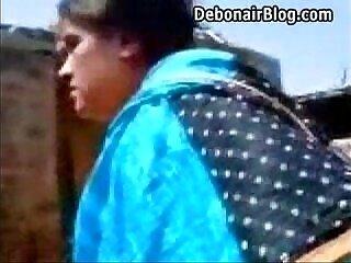amateur-desi-girl-indian-sucking-tamil