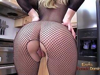 blonde-domination-fishnets-milfs-stockings